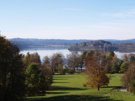 Gästehaus Zum Sommerfrischler: Herbst am Staffelsee