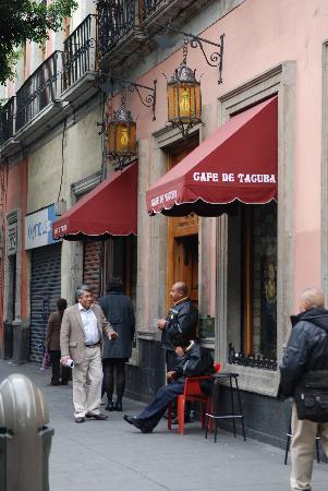 Cafe de Tacuba : Restaurant from outside