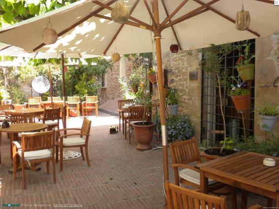 Hotel Restaurante El Fort: La terraza del Fort