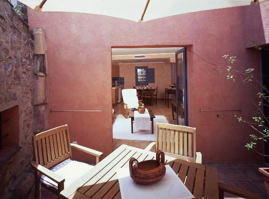 Hotel Restaurante El Fort: Habitación Roja