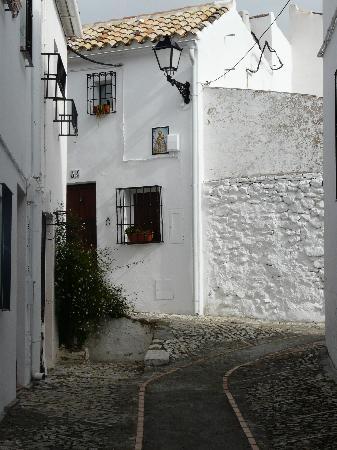 Zuheros: Pristine streets
