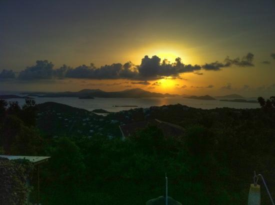 Cielo Vista Villa: sunset