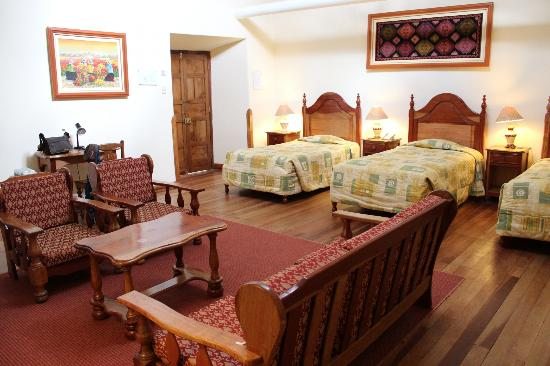 Midori Hotel, the three bed room