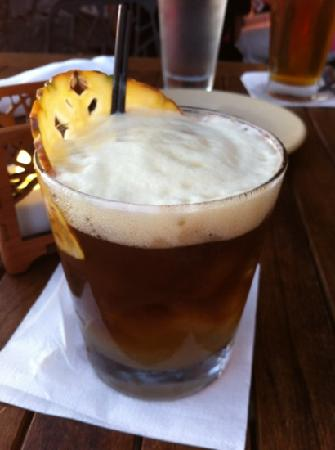 Makena Surf: monkey pod Mai Tai ;)