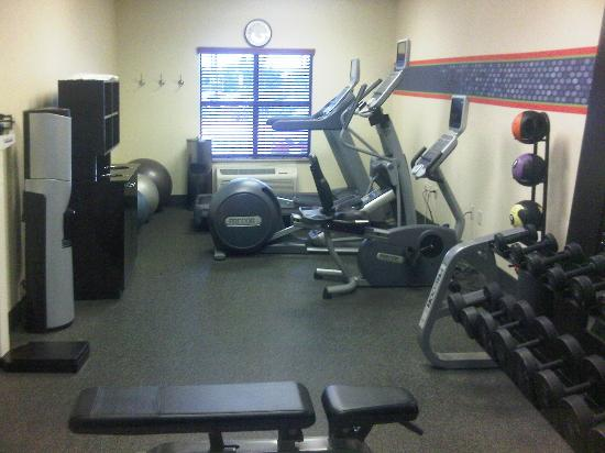 Hampton Inn & Suites San Diego-Poway: My only regret was not finding the time to use their workout room