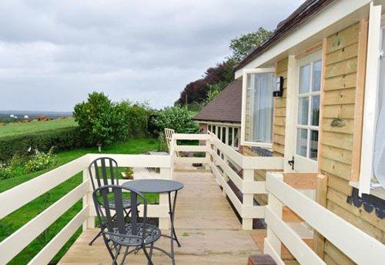 Newbarn Cottage: balcony of the annex