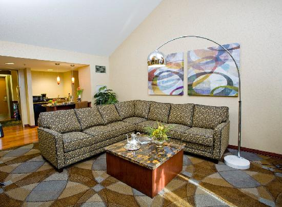 Ho-Chunk Casino Hotel and Convention Center: VIP Suite Living Room