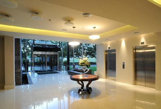 Holiday Inn Buenos Aires Ezeiza Airport: Lobby
