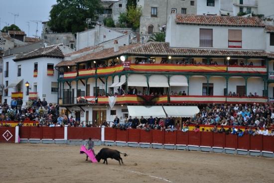 El meson de la Virreina: festival tautino