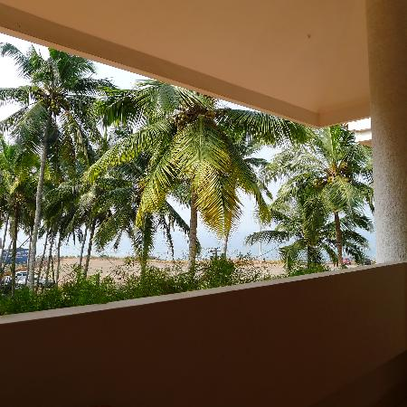 Sanctum Spring Beach Resort: The view from our balcony