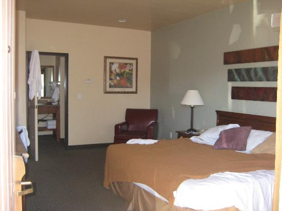 Sedona Real Inn and Suites: Bedroom