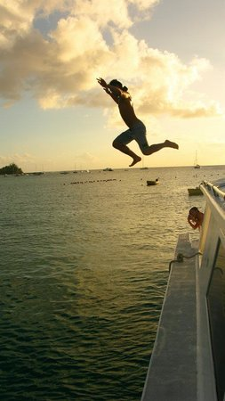 Rockley, Barbados: Hubby off the boat hehe