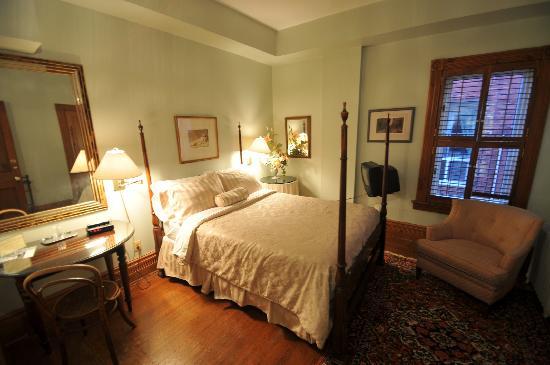 Beverley Place: Bedroom