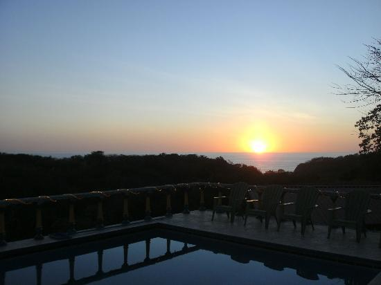 Brovilla Resort Hotel Restaurant: Sunset Jan 2012