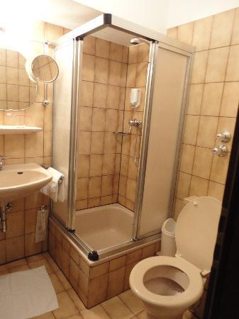 Hotel Noy: Bathroom_2