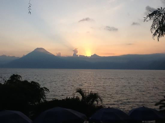 Jenna's River Bed and Breakfast: Lago Atitlan