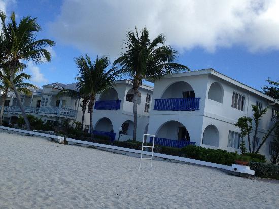 Shoal Bay: beach