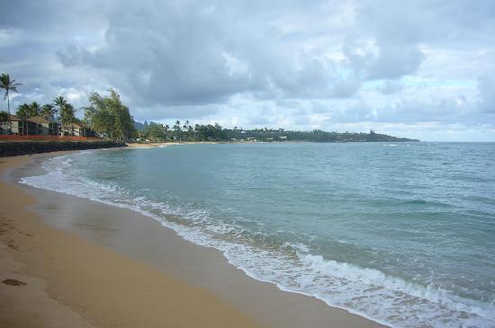 Pono Kai Resort: View of the beach from the resort.