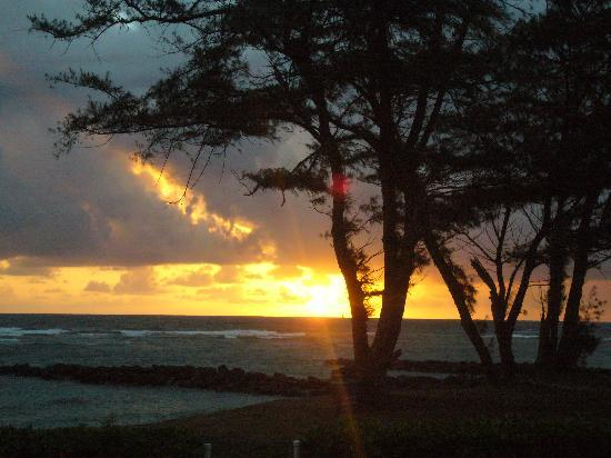 Pono Kai Resort: Sunrise from our patio