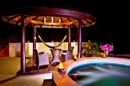 Sunset Hill Resort: Rooftop plunge pool