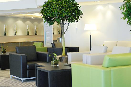 Novotel Luxembourg Kirchberg: Lobby