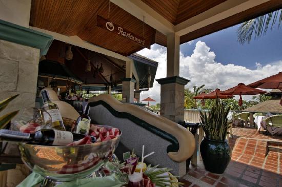 แมงโกสตีนรีสอร์ทแอนด์อยูวีด้าสปา: Mangosteen Restaurant and Terrace