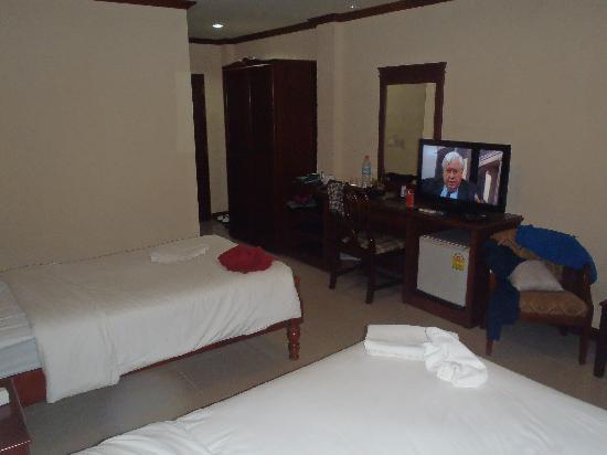 โรงแรมพระนาง ฟลอร่า เฮ้าส์: nice rooms not crampy