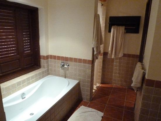 Tamra Beach: Bagno / bathroom