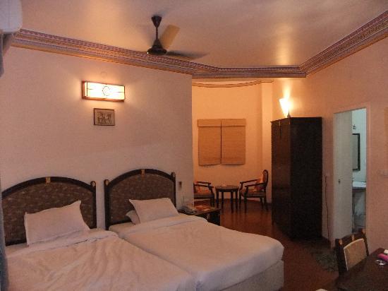 Vijayshree Resort & Heritage Village,Hampi: Hotel Room