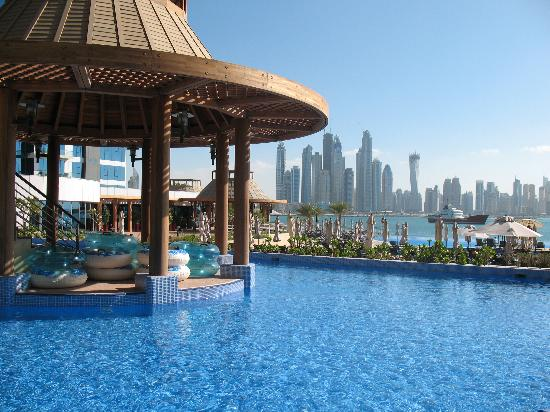 View from moroc bar picture of movenpick ibn battuta for Nice hotels in dubai