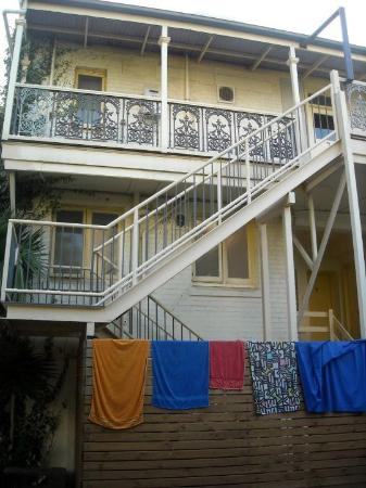 Glenelg Beach Hostel: Backpackers