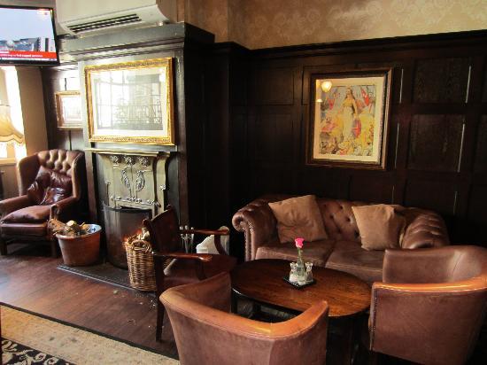 The Brittania: Pub