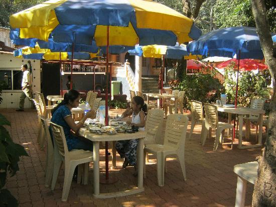 Sayeban Hotel: Dinning area