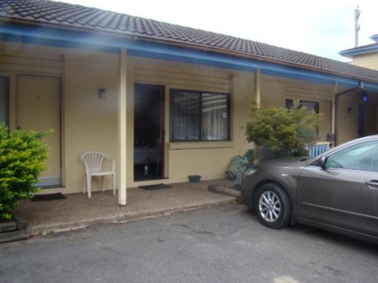 Newcastle Links Motel : The outside 1