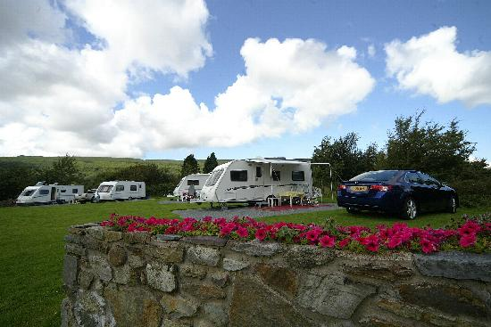 Bryn Gloch Caravan & Campsite: I can see a mountain from here