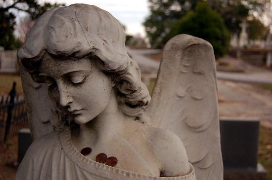 Oakland Cemetery: Pennies on an angel