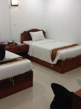 NaNa Hotel & Caffe Restaurant: bedroom