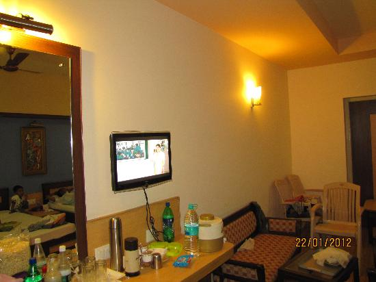 Victoria Club Hotel: Premium AC, 4 bed room