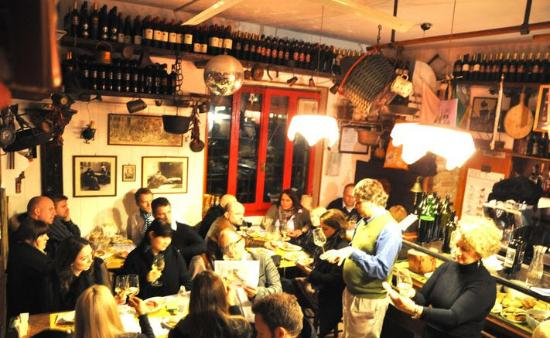 Veneto Italy and Wine: Inside the wonderful wine tasting session
