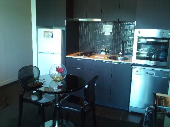بونت هيل ساوث يارا جراند: Kitchen