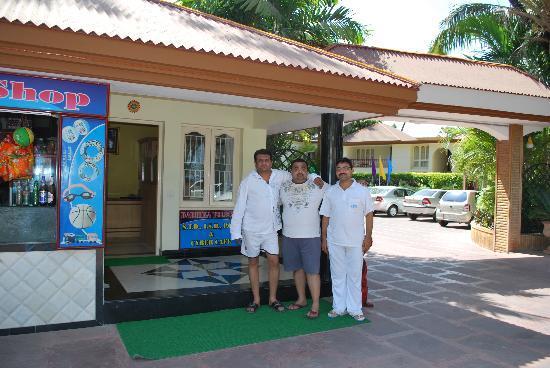 Radhika Beach Resort: RESTAURANT AREA