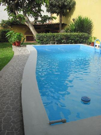 Youth Hostel - Hostelling Internatinal Lima - Peru: la piscina