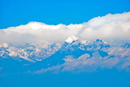 Himalayan Mountaineering Institute : Kanchajonga