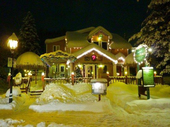 Saint Sauveur des Monts, Canadá: le resto casablanca
