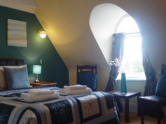 Cranborne Guest Accommodation: 3rd floor Larger Double Room