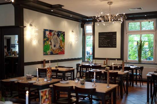 Hotel Zum Deutschen Eck: Restaurant Zille im gleichen Gebäude