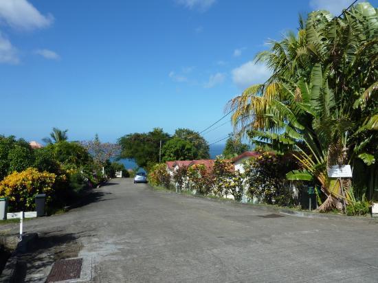 Chalets Sous-le-Vent: Vor der Anlage