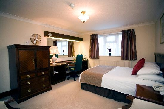 Photo of BEST WESTERN White House Hotel Watford