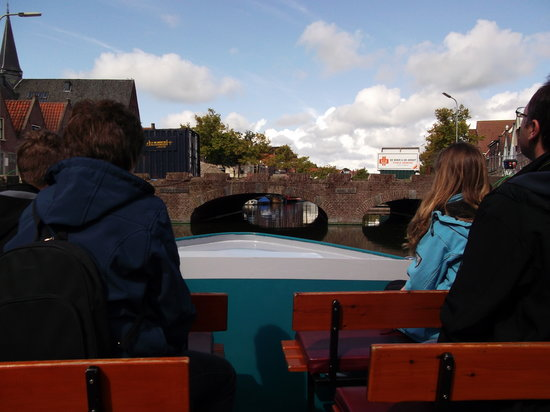 Hotel Stad en Land: Alkmaar River Trip (Wonderful experience). The tunnels get lower