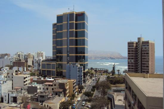Ibis Larco Miraflores: Vista do hotel Ibis Larco